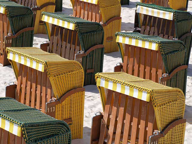 Strandkorb für Urlaub im eigenen Garten